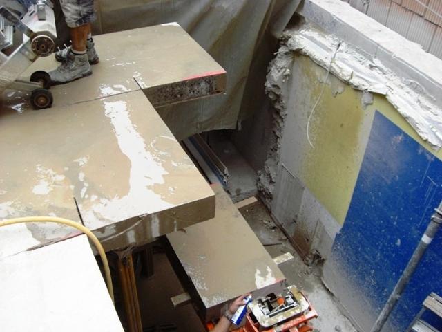 betondecke entfernen mit fugenschneidern spachteln oder verputzen