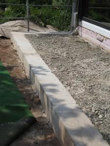 Querschnitt der Betonmauer